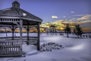snow-616319_640